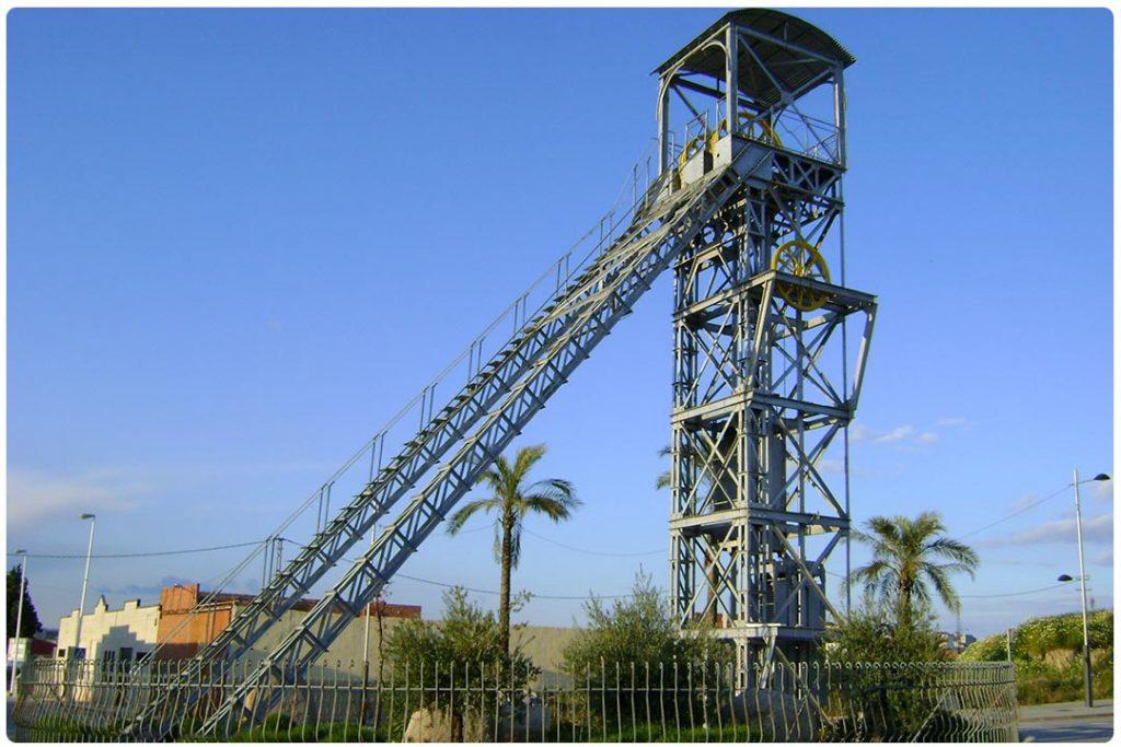 Cabria minera estudios Geotec